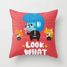 yankee Throw Pillow