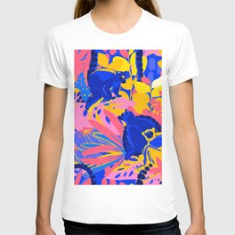 Abstract wild lemurs sitting among the exotic plants T-shirt