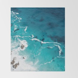 Sea 4 Throw Blanket
