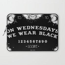 ☽ ON WEDNESDAYS WE WEAR BLACK ☾ Laptop Sleeve