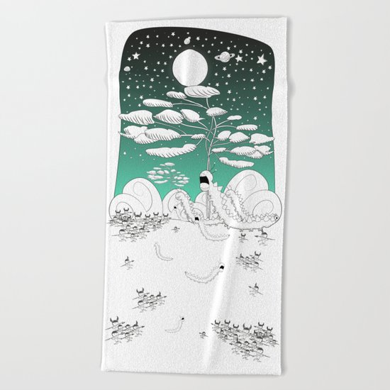 Hunting centipedes Beach Towel