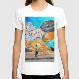 Street Art in Tulum, Mexico T-shirt
