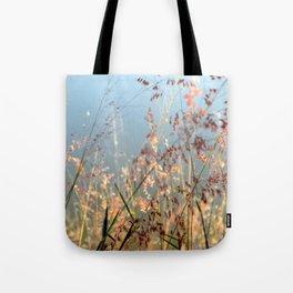 Baila con el viento  Tote Bag