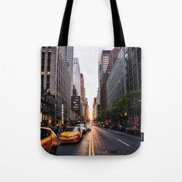 Manhattanhenge, 2018.05.30 Tote Bag