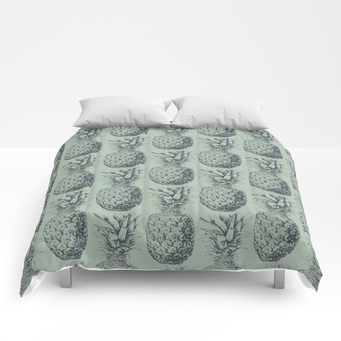 Pineapple, tropical fruit pattern design Comforters