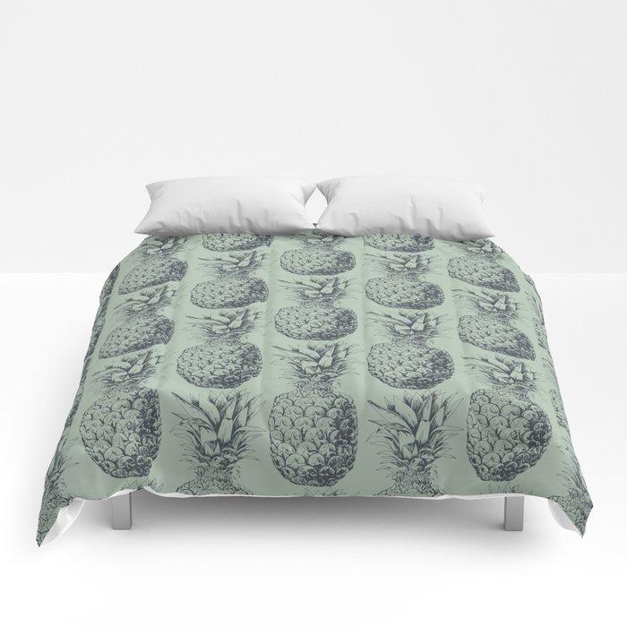 Pineapple, tropical fruit pattern design Comforters