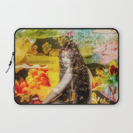 She Always Dreamt She'd Be Queen of Her Own Realm Laptop Sleeve
