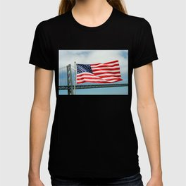 Flag at the stern of the Battleship New Jersey T-shirt