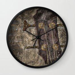 Tune'in Wall Clock
