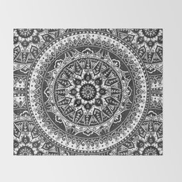 Black and White Mandala Pattern Throw Blanket