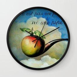 Ceci n'est pas une pomme ni une pipe Wall Clock
