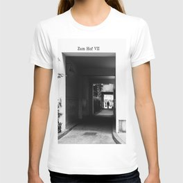 Hackeschen Hofe art Nouveau courtyards in Berlin Mitte T-shirt