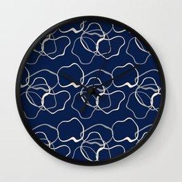 lignes bleues courbes Wall Clock