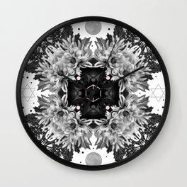 Kaluza-Klein Wall Clock