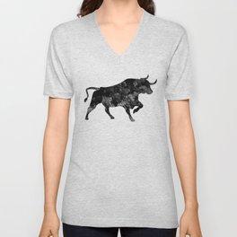 Bull Black and White Art Gift Wildlife Animal Art Ox Art Bull Riders Gift Unisex V-Neck