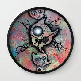 "Lucky goes pop n""2 Wall Clock"
