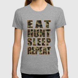 Hunter's Life Eat Hunt Sleep Repeat T-shirt