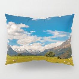 Beautiful Pastoral Alpine Landscape in New Zealand Pillow Sham