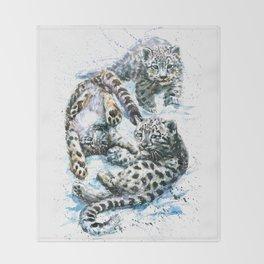 Little snow leopards Throw Blanket