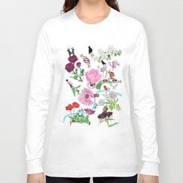 London in Bloom - Flowers and transportation that make London Long Sleeve T-shirt