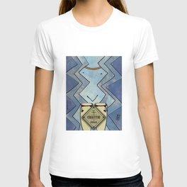 Cikkitthi from < Q > (Congas) T-shirt