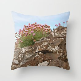 Giant's Causeway flowers Throw Pillow