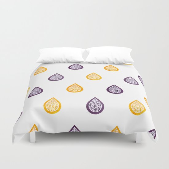 Yellow and purple raindrops Duvet Cover