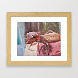 Patternless Leopard Gecko Framed Art Print