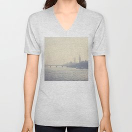 the city of London ... Unisex V-Neck