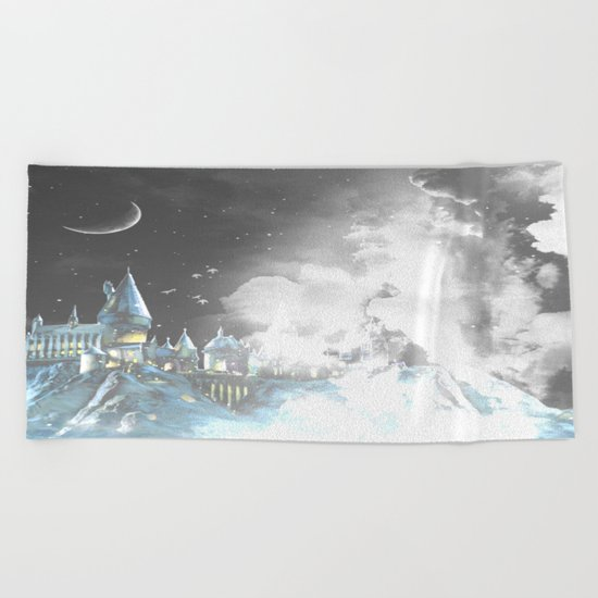 Amongst the clouds Beach Towel