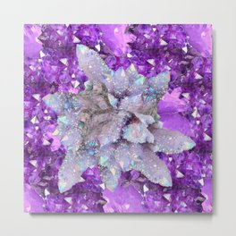WHITE DRUZY QUARTZ & PURPLE AMETHYST CRYSTAL VIGNETTE Metal Print