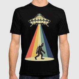 Retro Vintage 1970 1960 UFO Alien Space Conspiracy Big Foot Bigfoot Tees T-shirt