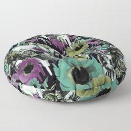 Mrs. Sandman, melting rose skull pattern Floor Pillow