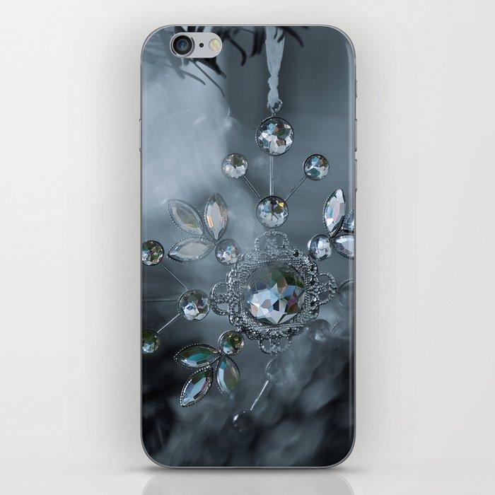 snowflake monochrome iPhone Skin