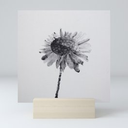 Daisy Bones Mini Art Print