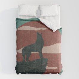 Howling Coyote Desert Sunset Landscape Comforters