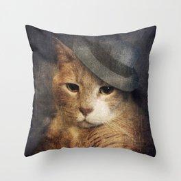 Vinnie Valentino - Ginger Cat Portrait Throw Pillow