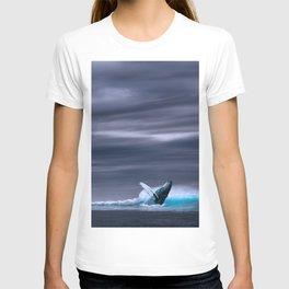 Whale in ocean night T-shirt