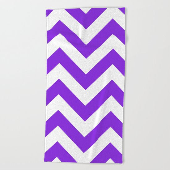 Large chevron pattern / blue violent Beach Towel