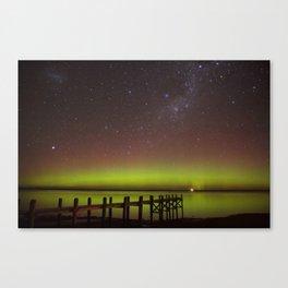 Aurora Boreal Lakeside Canvas Print