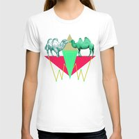 camel T-shirts featuring Camel Kiss by AmDuf