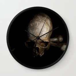 Male skull with bones Wall Clock