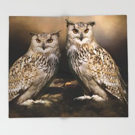 Two Owls Throw Blanket