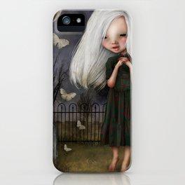 Pelottava iPhone Case
