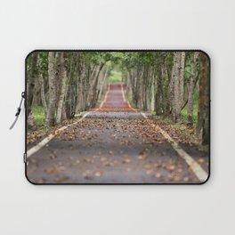 wood le chemin Laptop Sleeve
