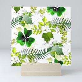 Four-Leaf Clover in Greneery Foliage Pattern Mini Art Print