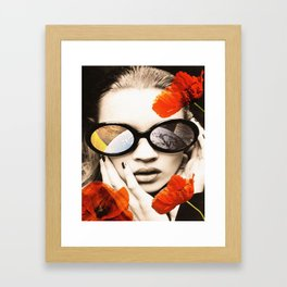 poppy pop (kate Moss) Framed Art Print
