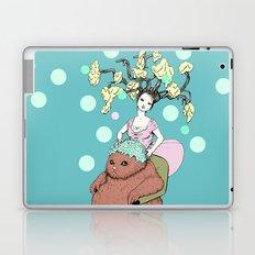 Purr Hairdresser Laptop & iPad Skin