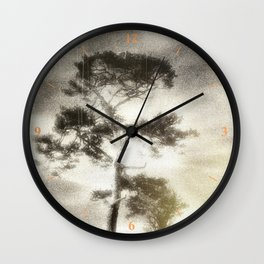 Deadly silence... Wall Clock