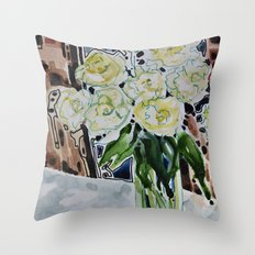 Roses Blanches Throw Pillow